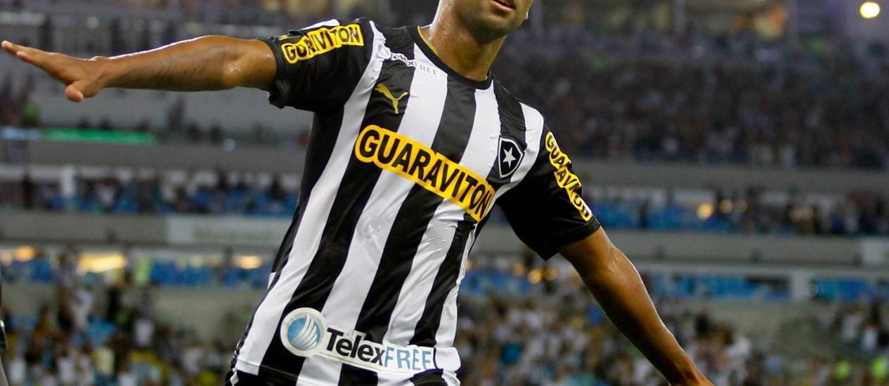 A noite de Wallyson: com três gols do atacante, Botafogo goleia o Deportivo Quito (4 a 0) e está na fase de grupo da Libertadores Foto: Pedro_Kirilos / Agência O Globo