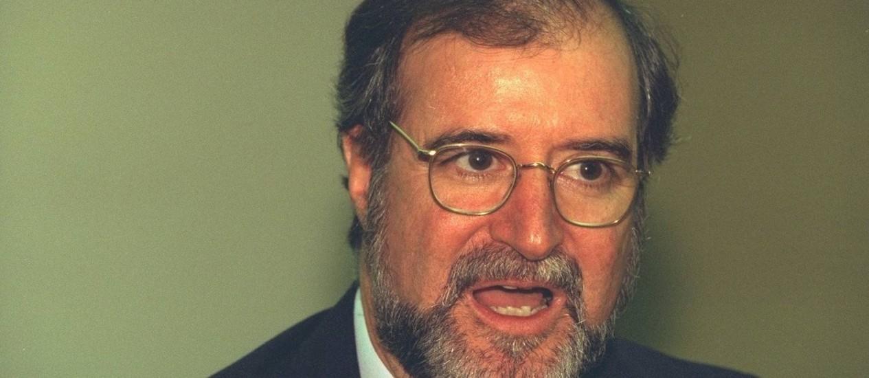 Eduardo Azeredo em julho de 1998, quando ainda era o governador de Minas Gerais - Foto: Leonardo Aversa / Agência O Globo