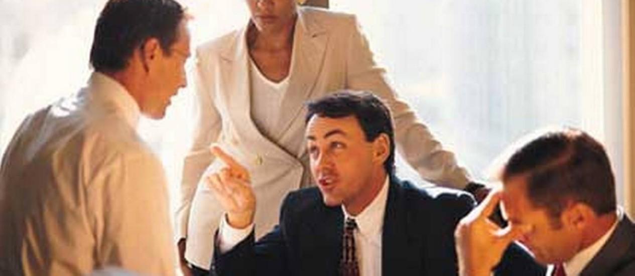 Algumas atitudes do dia a dia ajudam a evitar entrar em conflito com os colegas de trabalho Foto: Divulgação