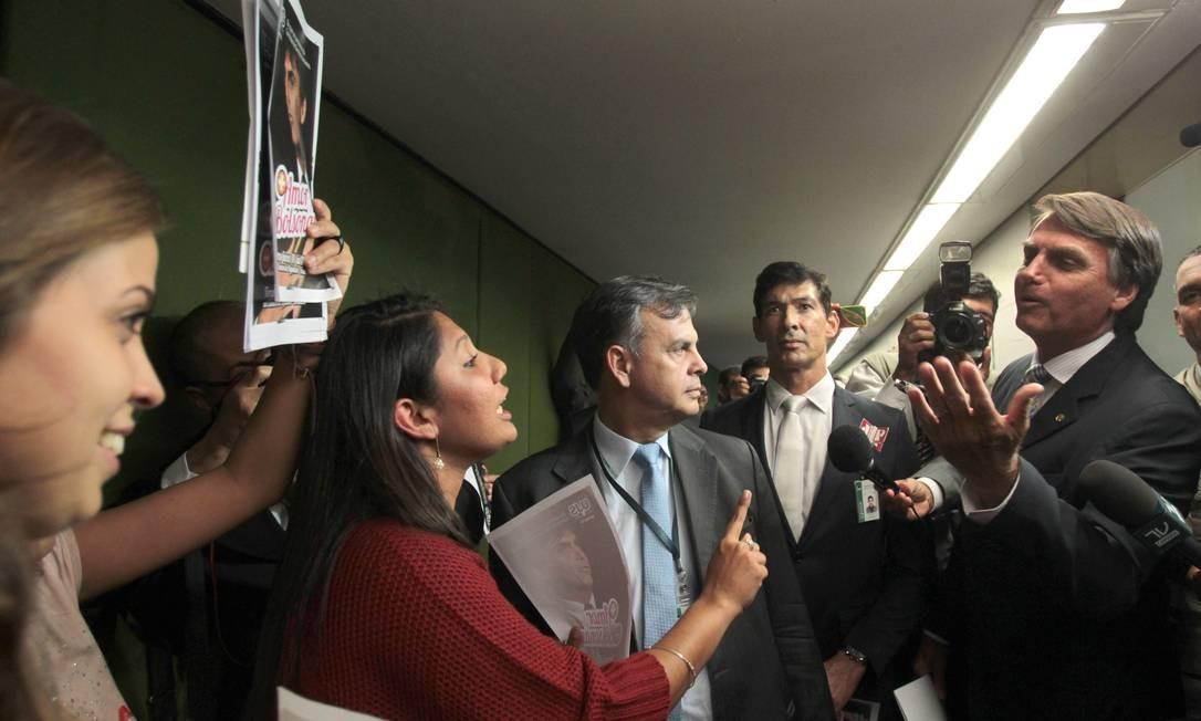 PT e governo se articulam para evitar que Bolsonaro assuma o cargo Foto: Givaldo Barbosa / Agência O Globo