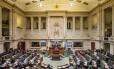 Políticos da Bélgica debatem lei sobre eutanásia