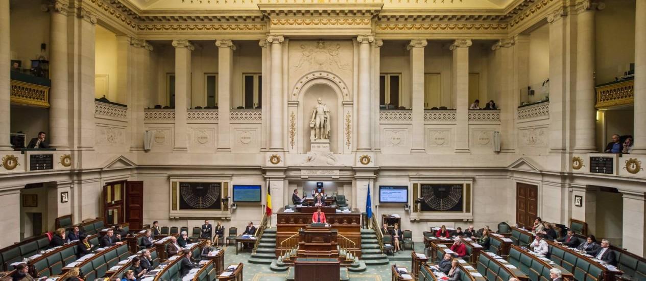 Políticos da Bélgica debatem lei sobre eutanásia Foto: AP-12-2-2014