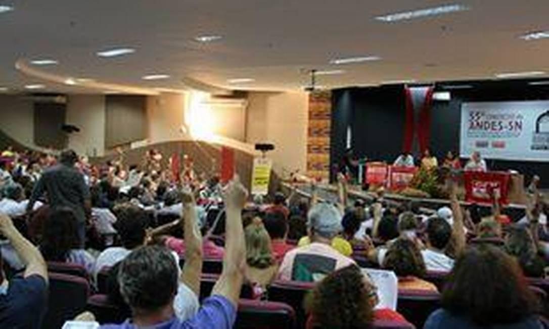 Reunião no Maranhão aprovou paralisação de 24 horas em fevereiro Foto: Divulgação