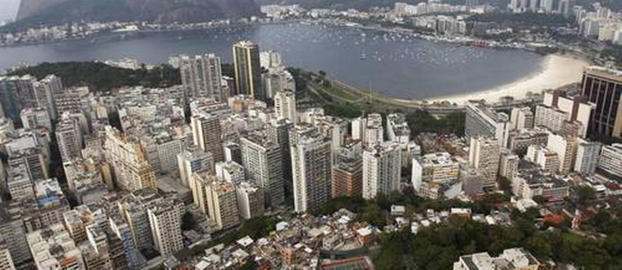 Preços altos na capital fluminense para o aluguel de temporada na Copa aquece o mercado Foto: Custódio Coimbra/O Globo
