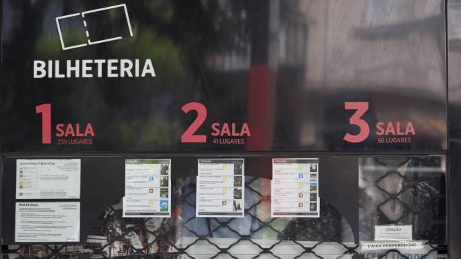 A bilheteria do Estação Botafogo, primeiro cinema do grupo, criado em 1985 Foto: Agência O GLOBO/Márcia Foletto