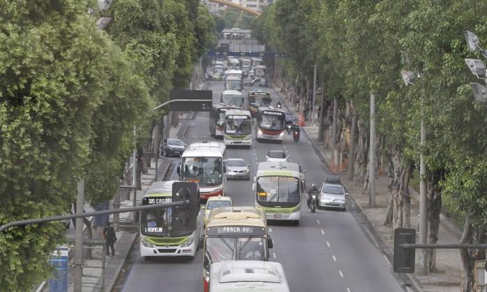 A pista central da Avenida Presidente Vargas, no sentido Candelária Márcia Foletto / Agência O Globo