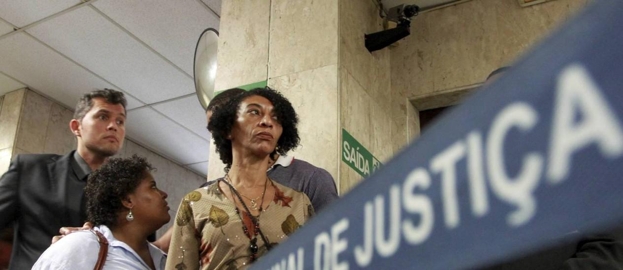 Elizabeth Silva, mulher de Amarildo, no prédio do Tribunal de Justiça para participar da audiência sobre a morte do ex-ajudante de pedreiro em 20/02/2014 Foto: Domingos Peixoto / Agência O Globo