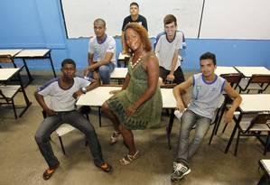 Julia Dutra, primeira diretora tansexual de uma escola no Rio, assumiu a direção do Colegio Estadual Max Fleuiss na Pavuna Foto: Agência O Globo