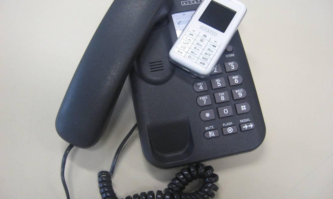 Redução das tarifas vale para as ligações originadas nas redes das concessionárias da telefonia fixa - Oi, Telefônica, CTBC, Embratel e Sercomtel Foto: O Globo / Arquivo