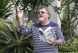 Nicho. Presidente da Apperj e morador da Barra, Sérgio Gerônimo diz que região tem forte vocação literária Foto: Agência O Globo / Eduardo Naddar
