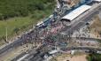 Manifestação paralisa o BRT Transoeste /