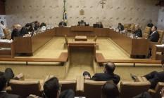 Sessão no Supremo Tribunal Federal para julgamento dos embargos infringentes Foto: André Coelho / Arquivo O Globo