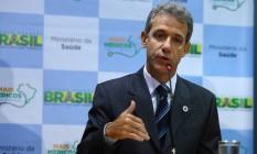Ministro da Saúde, Arthur Chioro, anunciou o aumento salarial nesta sexta-feira Foto: André Coelho / Agência O Globo
