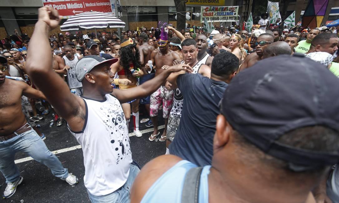 RI Rio de Janeiro (RJ) 01/03/2014 Carnaval 2014 - Cordão da Bola Preta. Fotos Hudson Pontes / Agência o Globo. Foto: Hudson Pontes / Agência O Globo