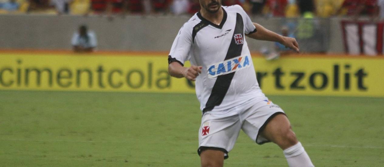 Douglas está fora do jogo contra o Sampaio Foto: Reginaldo Pimenta / Agência O Globo