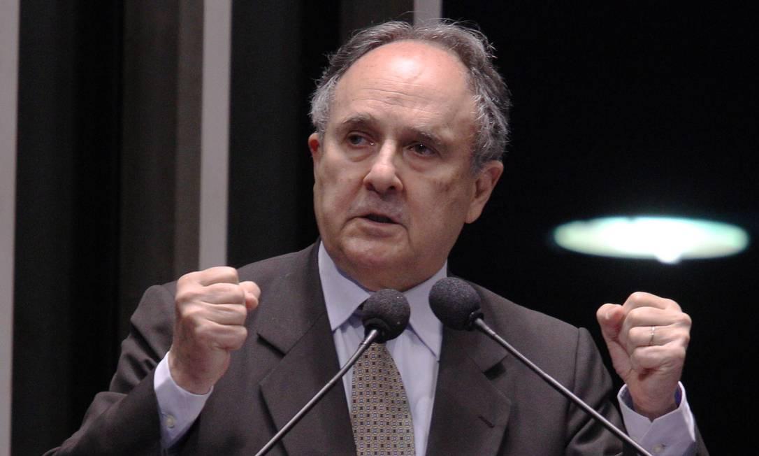 O senador Cristovam Buarque Foto: André Coelho / André Coelho