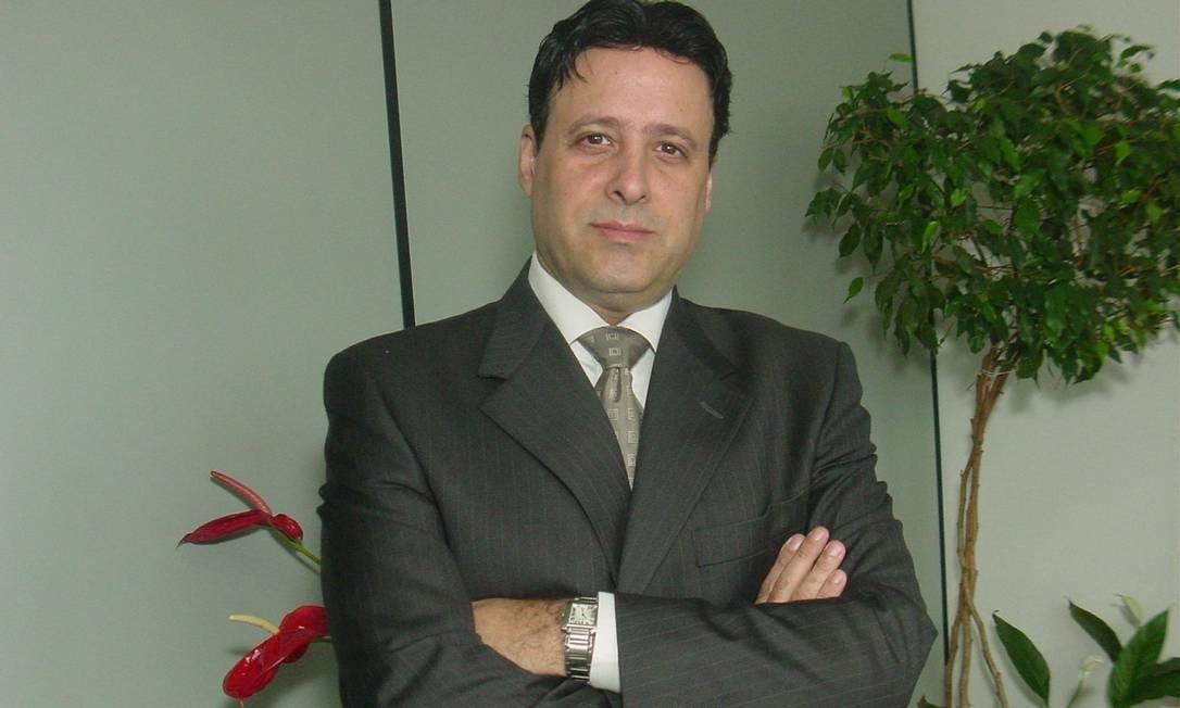 Miguel Ribeiro de Oliveira, da Anefac, explica como economizar nas compras e no pagamento de impostos Foto: Divulgação