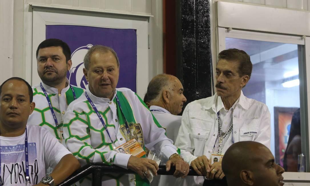 Luizinho Drumond, presidente da Imperatriz, à esquerda: ele preferiu não desfilar na sua escola Foto: Guilherme Pinto / Agência O Globo