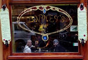 Cafeteria em Amsterdam onde a venda de maconha é permitida Foto: O Globo-12-4-2009