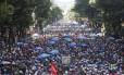 Monobloco toma a Avenida Rio Branco, no Centro