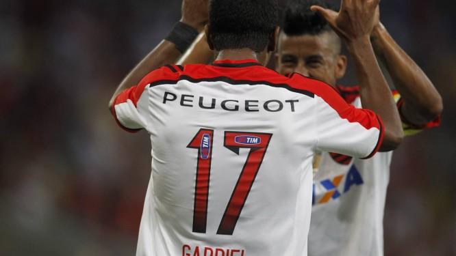 Flamengo derrota o Botafogo e conquista a Taça Guanabara - Jornal O ... ee3fa2675b4cc