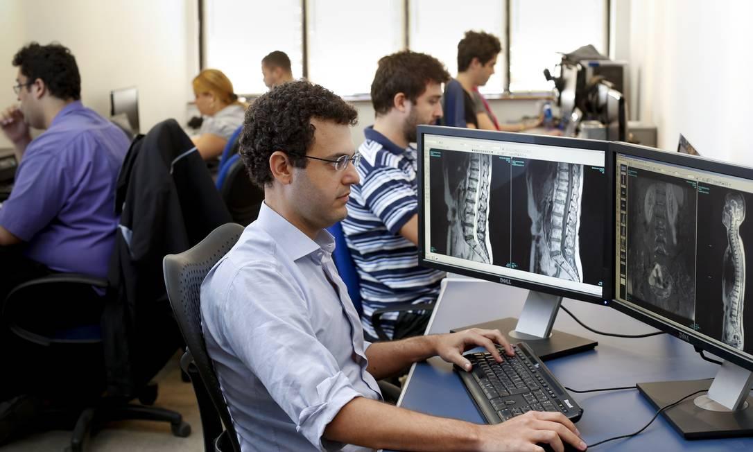 O médico Felipe Morais, que fundou a Pro-Laudo, na área de saúde Foto: Simone Marinho