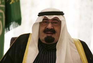 O rei Abdullah durante encontro no Palácio Real em 2013 Foto: Kenzo Tribouilardt / AP
