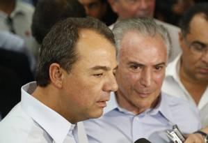 Governador Sérgio Cabral participou com o vice-presidente Michel Temer de inauguração de fábrica em Itatiaia, no interior do Rio Foto: Hudson Pontes / Agência O Globo