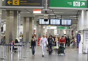 No Aeroporto Internacional do Galeão, área terá acesso à internet, além de lanchonetes e banheiros Foto: Domingos Peixoto
