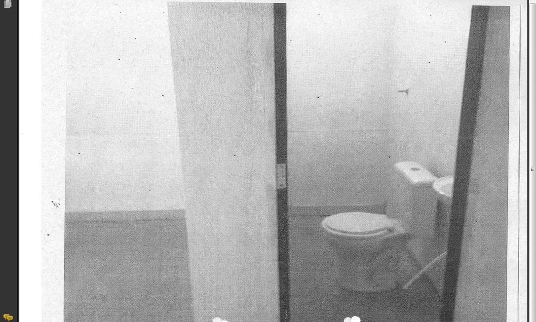 Banheiro reformado em presídio do Complexo da Papuda Foto: O Globo