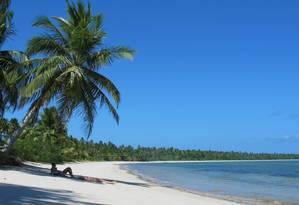 Praia deserta em Moreré, na ilha de Boipeba, na Bahia: Nordeste é a região mais procurada Foto: Flávia Milhorance / O Globo