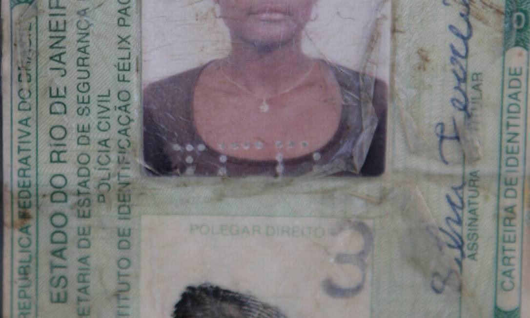 'Trataram minha mulher que nem bicho', disse marido de Cláudia Foto: Luiz Ackermann / Agência O Globo