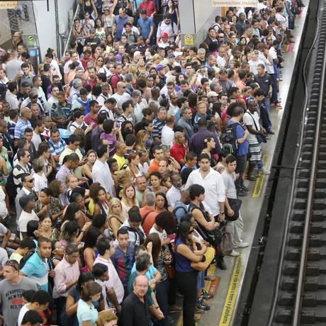 No metrô, passagem subirá para R$ 3,50 - Foto: Guilherme Pinto / Agência O Globo