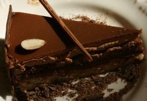 Chocolate amargo estimula a ação de bactérias 'boas', que fermentam o cacau em compostos antiinflamatórios Foto: Ana Branco