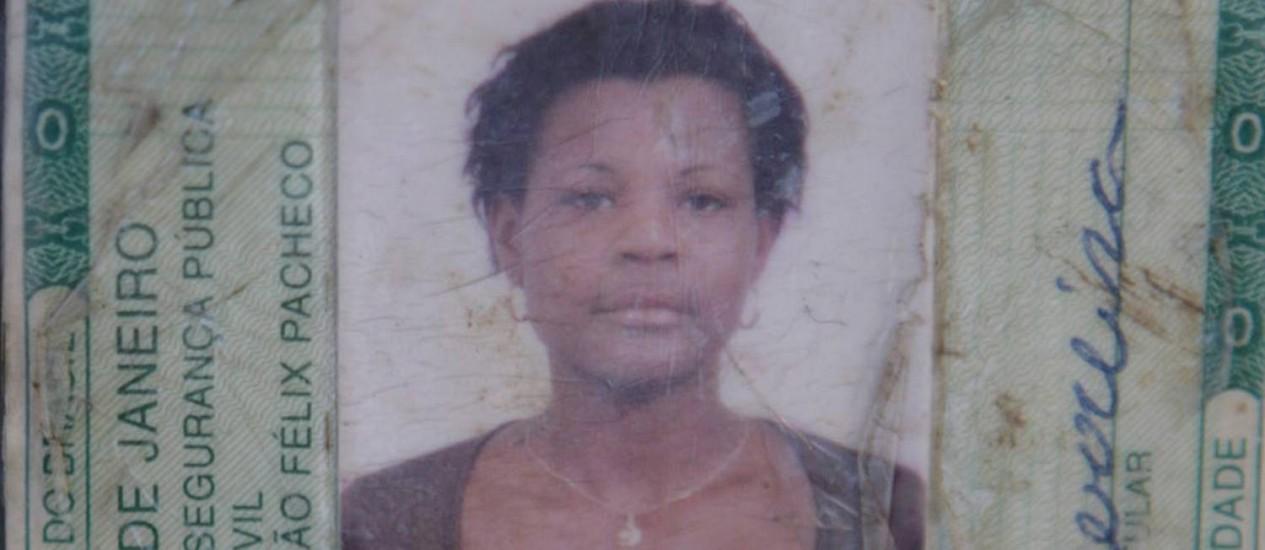 A identidade de Cláudia da Silva Ferreira Foto: Reprodução