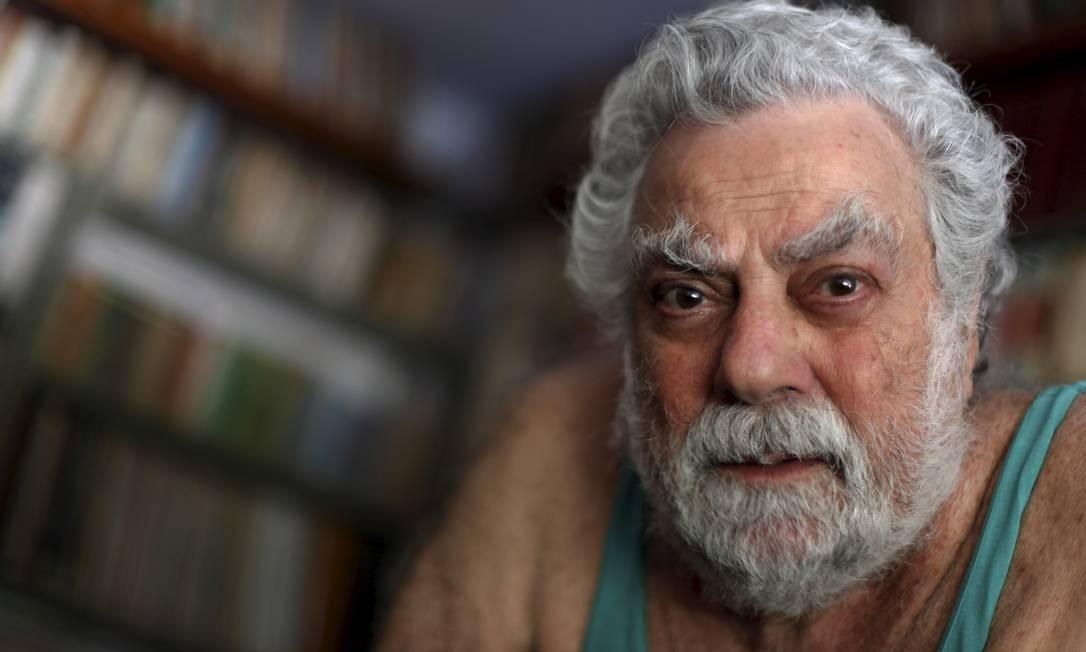 Ativo. Badarvid se divide entre os compromissos na TV e as dublagens Foto: Gustavo Stephan / Agência O Globo