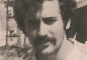 Depois de 40 anos: Fernando Santa Cruz foi preso preso por órgãos de repressão, em Copacabana Foto: CEPE / Divulgação