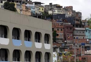 Complexo da Maré, que será ocupado pelas tropas federais Foto: Custódio Coimbra / Agência O Globo (28-11-2008)