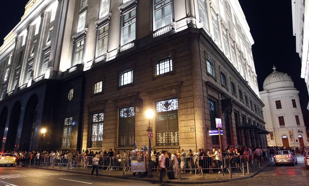 """Com longas filas e aberta em sessões noturnas especiais, a exposição """"Impressionismo"""" recebeu ao todo mais de 560 mil visitantes Foto: FErnando Quevedo / Agência O Globo"""