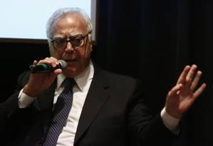 O deputado federal Miro Teixeira, do PROS Foto: Mônica Imbuzeiro/9-9-2013 / Agência O Globo