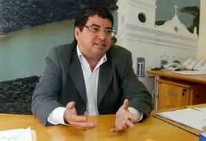 Presidente do PT, Quaquá, em encontro com Cabral, disse que quem não deixasse governo seria expulso Foto: Letícia Pontual / Letícia Pontual/9-1-2009