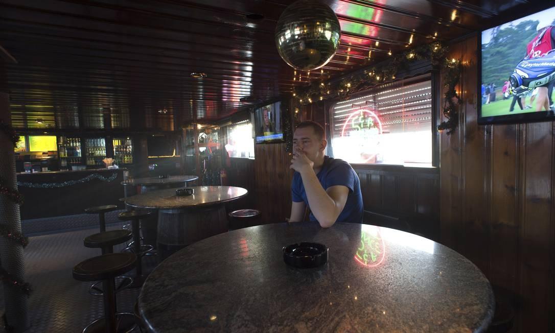 """Às moscas. Na pequena cidade de Maastricht, """"coffeeshops"""" que resistiram à mudança da lei, como o Mississippi (acima), perderam até 95% de seus clientes Foto: Ermindo Armino / AP"""