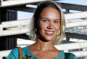 Renata Carvalho: Tem 28 anos. Formada em Comunicação diz que enfrenta desde que se formou salários baixos e falta de perspectivas. Hoje faz Mestrado e espera que qualificação a leve para uma vaga melhor. Foto: Fabio Rossi