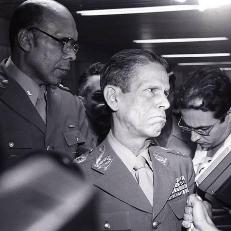 General Gentil Marcondes Filho teria pressionado o encarregado do IPM do Riocentro Foto: Arquivo O Globo 01/05/1981