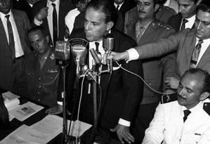 O ex-presidente João Goulart discursa durante comício no Automóvel Clube, em 30 de março de 1964 Foto: Arquivo O Globo