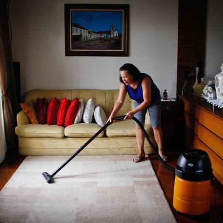 Trabalhadora doméstica Foto: Marcos Alves / Agência O Globo