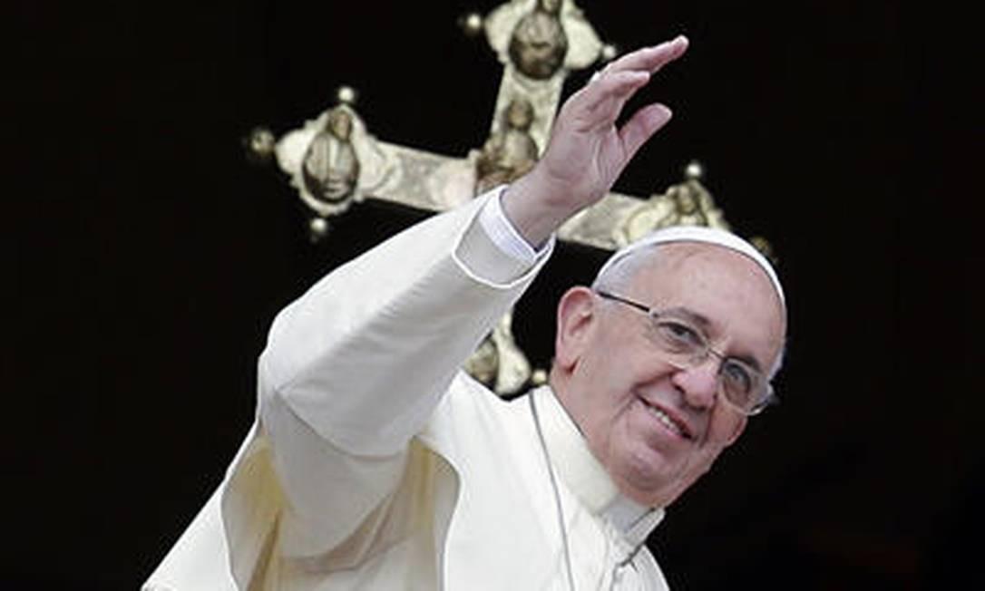 Pontífice recebeu jovens em encontro informal Foto: AP / Gregorio Borgia