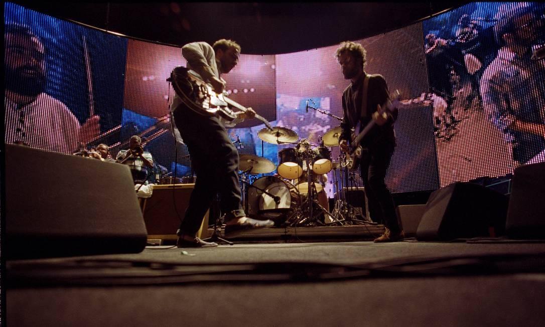 Os Los Hermanos na turnê de 2012, retratados no filme de Maria Ribeiro Foto: Divulgação/Caroline Bittencourt