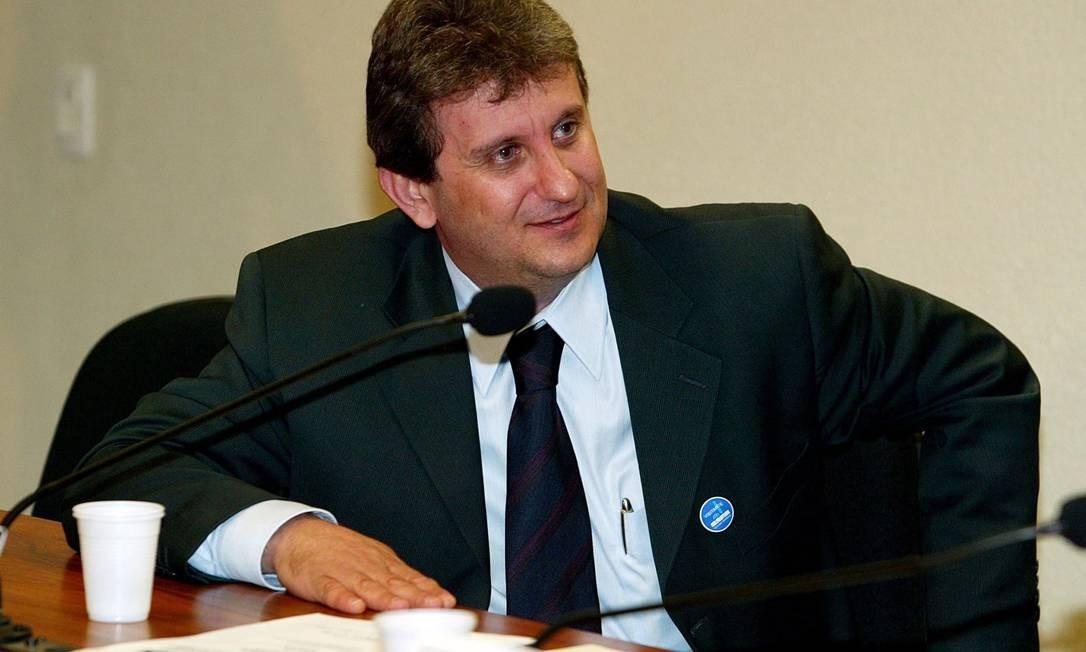 Doleiro Alberto Youssef durante depoimento reservado na CPI dos Correios (2005) Foto: Folhapress / Sérgio Lima/