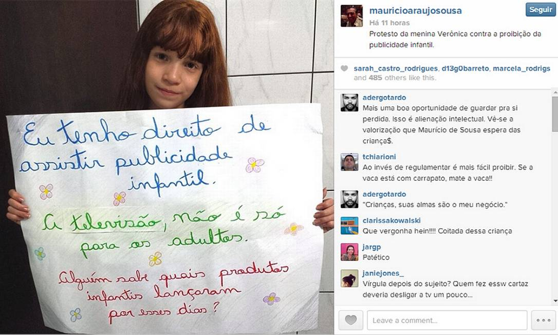 Na foto publicada, menina segura cartaz em protesto contra a publicidade infantil Foto: / Reprodução/Instagram